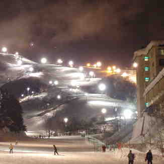 Niseko Night Lights, Niseko Hirafu
