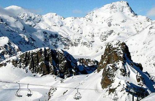 Grandvalira-Encamp Ski Resort by: David Alcolea