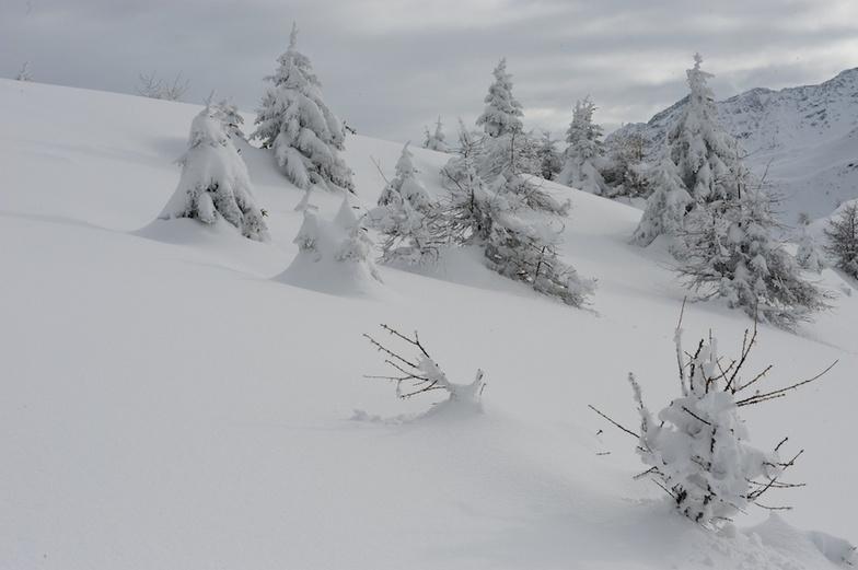 Good snow cover, Bruson