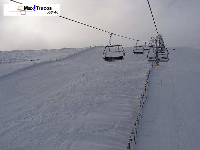 Snowfall with a lot of wind, Sierra de Béjar - La Covatilla