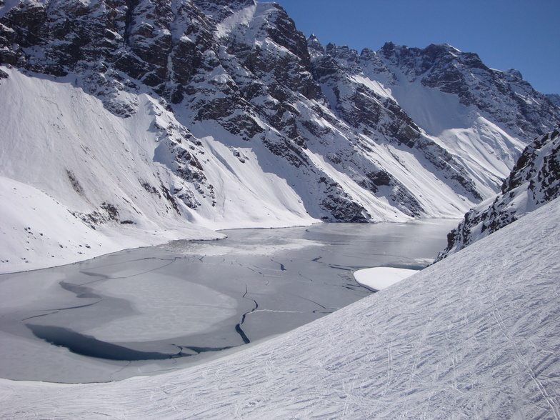 Laguna del Inca, Portillo