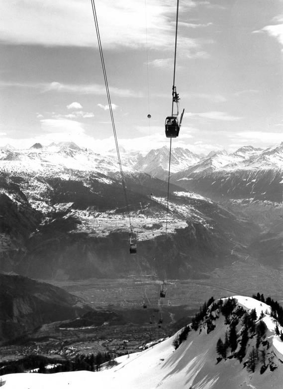 Les Télécabines d'Anzère Février 1967