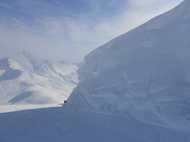 Snow bank at the top of La Lauziere, Valmorel