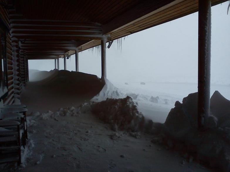 Eisodos sto chalet!!!. . . 11-02-2012 Eisodos sto chalet!!!. . . 11-02-2012, Kalavryta Ski Resort