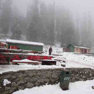 snap taken by monoj, Gulmarg