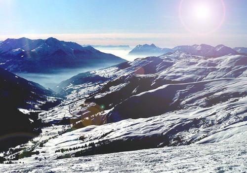 Les Contamines Ski Resort by: Roger Doidge