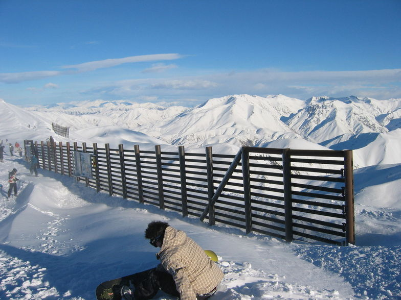 Looking over the back of Mount Hutt, Mt Hutt