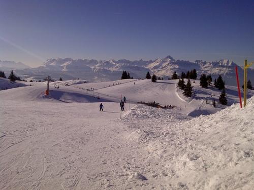 Les Houches Ski Resort by: michael Harrower