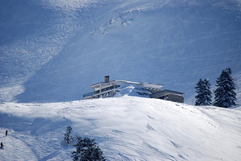 helmos ski resort 1800m, Kalavryta Ski Resort