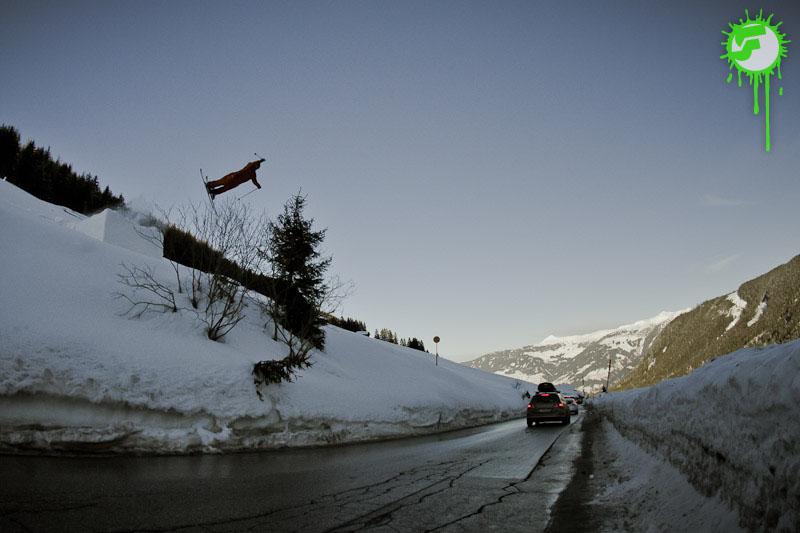 2012-02-21   RoadGap, Hochfügen