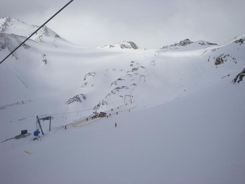 Cloudy morning, Stubai Glacier