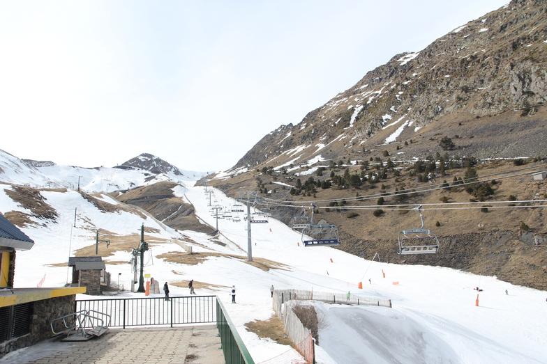 snow getting  thin, Vallnord-Arinsal