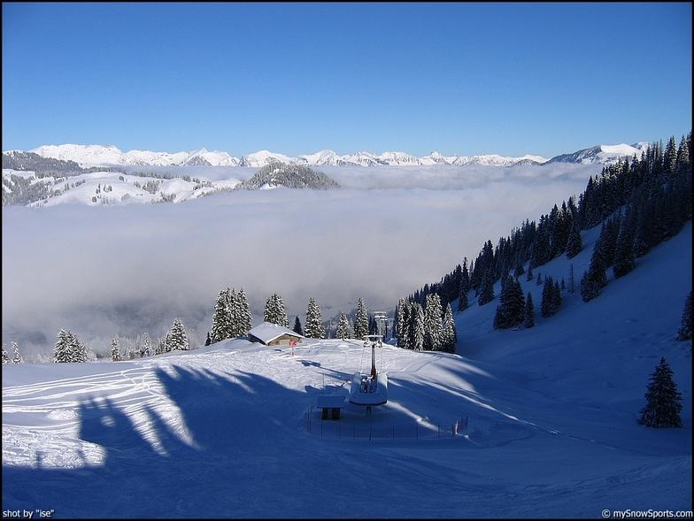 Gstaad - Schönried - Saanenmöser snow