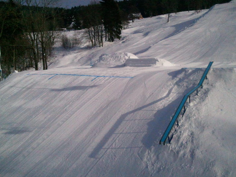 Midle 5th platform with two jumps 7-12m long table and Bouble-kinked box!, Kořenov - Rejdice