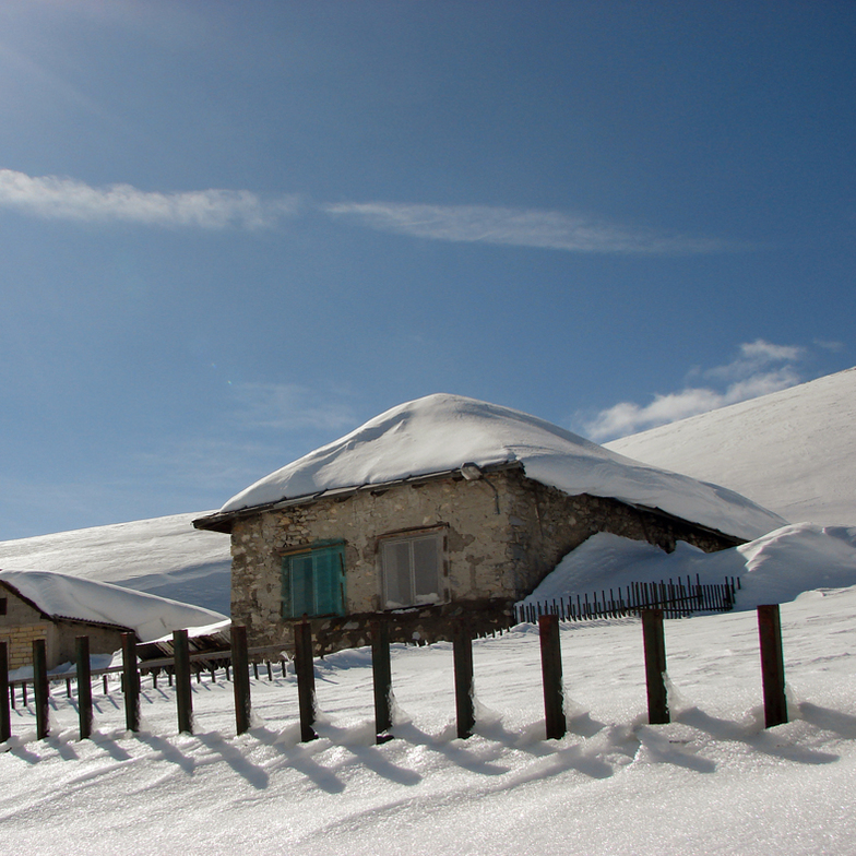 The Sheep Fold, Resort Mavrovo