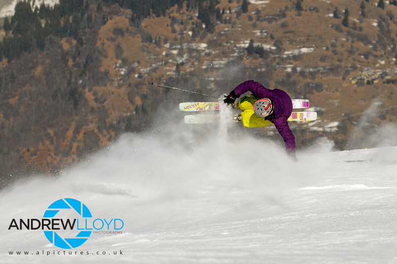 Gavin Jones, Courchevel