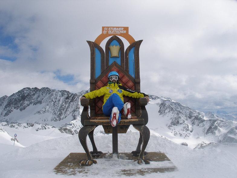 Happy Mountain Team, Stubai Glacier