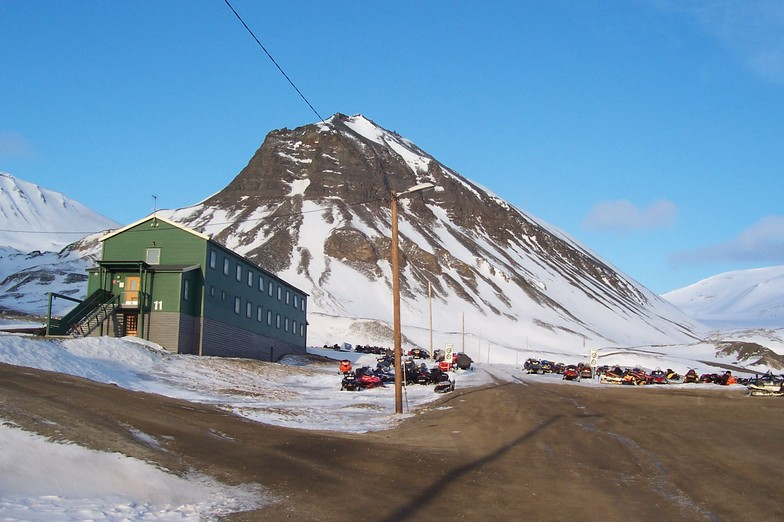 Our chalet, Spitsbergen 80 degrees north