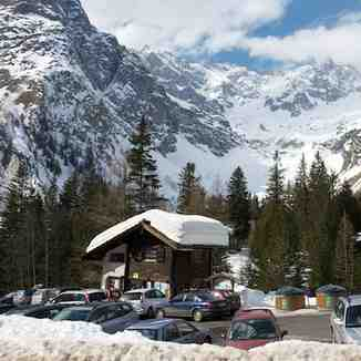Car park at La Fouly, La Fouly - Val Ferret