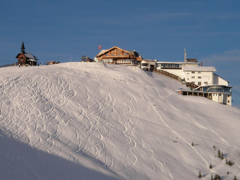 Just skied down from the top of the Schmittenhoe, Zell am See