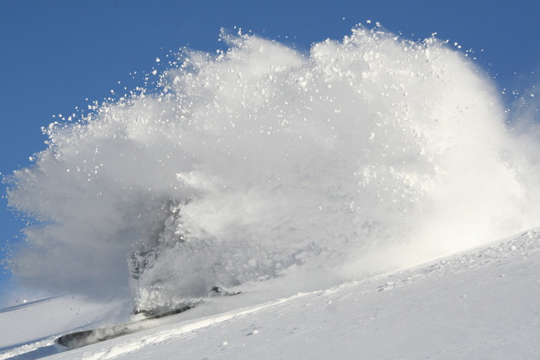POWDER RUSH!3, Winghills Shirotori Resort