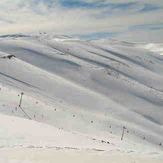 Slopes for the worthy -  Red, black & hors piste, Mzaar Ski Resort