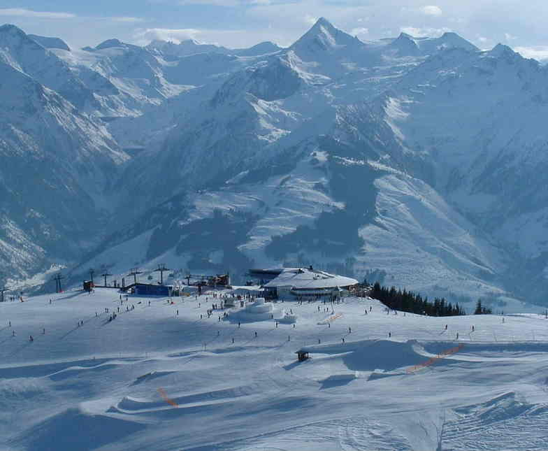 The Kitsteinhorn glacier from the top of the Schmittenhoe, Zell am See