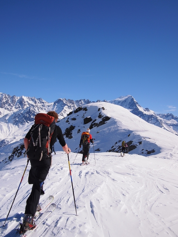 Approaching the summit of the Bec Rond, Vichères-Liddes