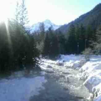 a river runs through La Thuile