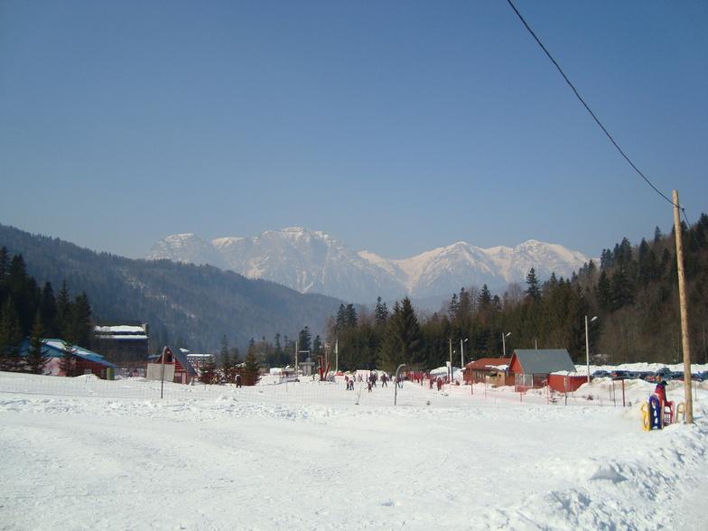 Azuga snow