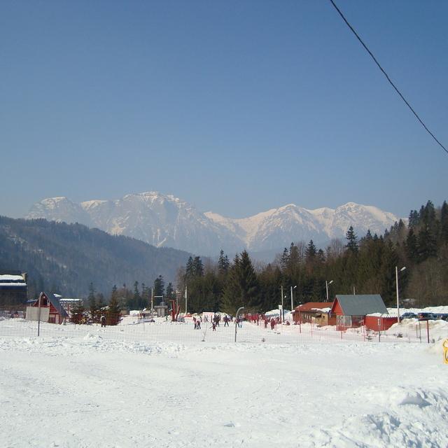 azuga lower slopes