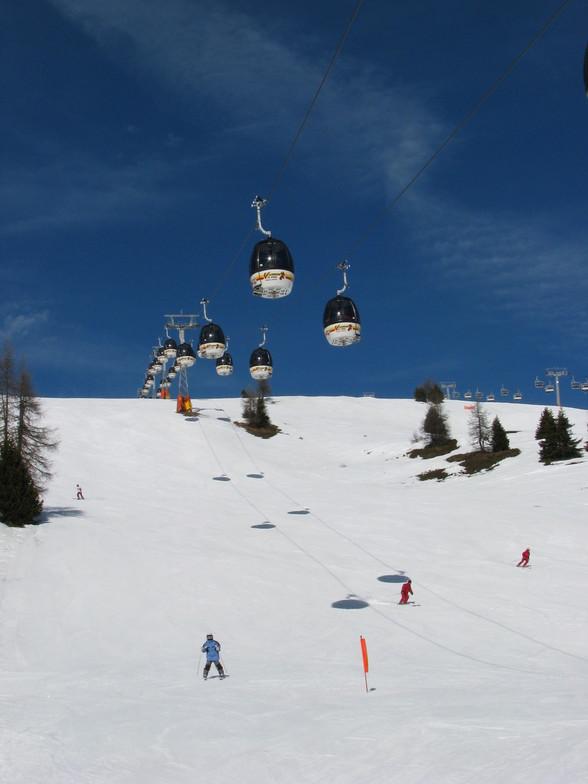 sunny day on skiis, Kronplatz