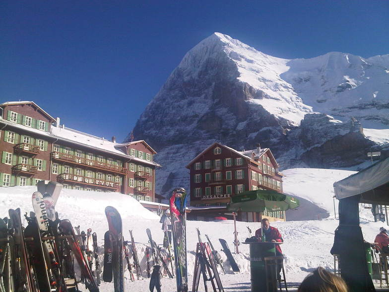 Gone for lunch, Wengen