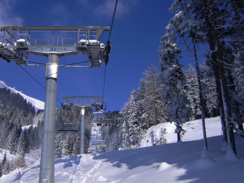 Blue Sky Day, Söll