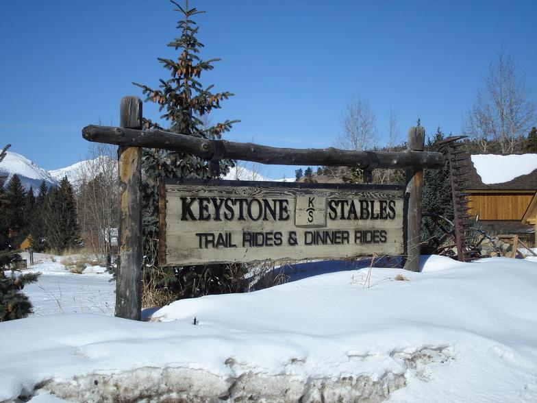 Keystone stable