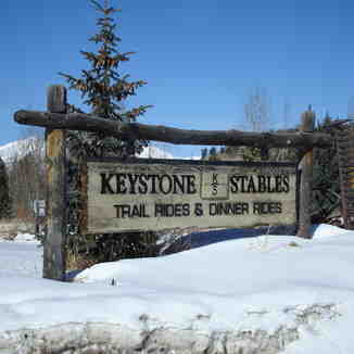 Keystone stable