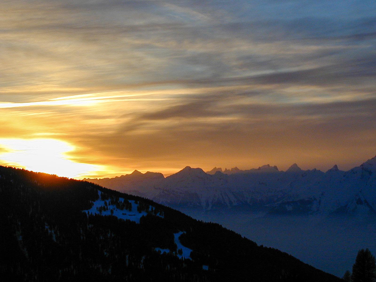 Setting Alpine Sun, Chandolin