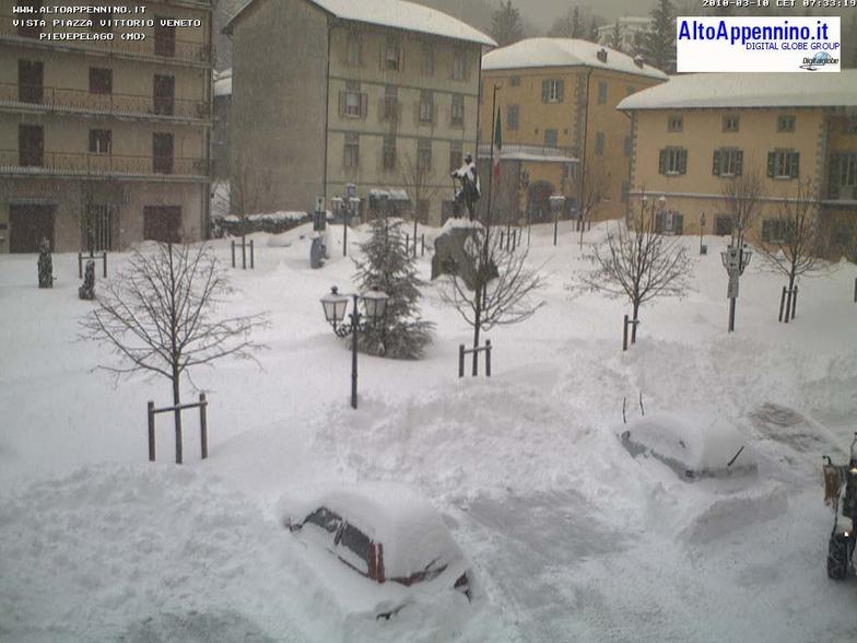 Snow - March 2010, Frassinoro Piandelagotti