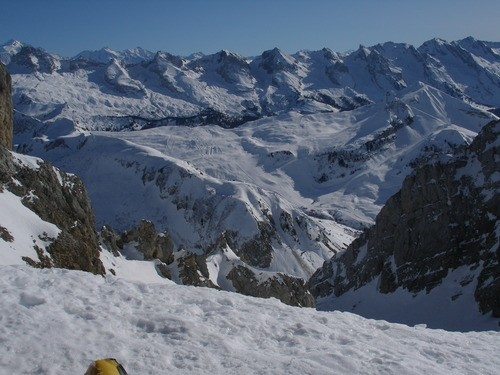 Le Grand Bornand Ski Resort by: audrey