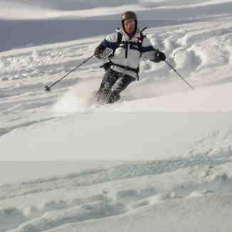 Tony sking Parsenn off piste, Davos