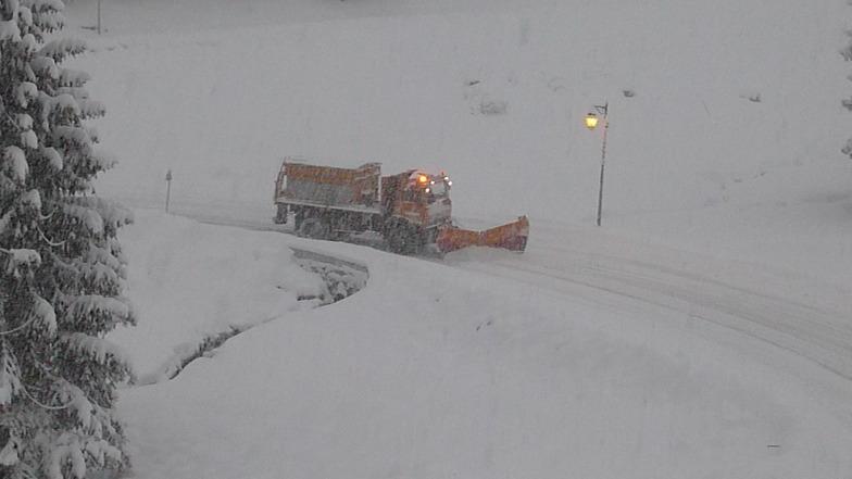 snow plough, Champagny