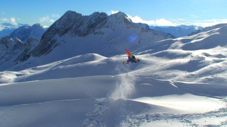 Garmisch-Partenkirchen-Zugspitze snow