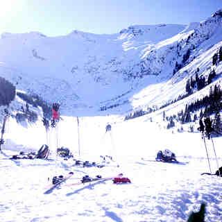 Flaine Ski Resort Guide, Location Map & Flaine ski holiday accommodation