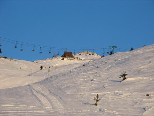 Velika Planina Ski Resort by: DEVUC