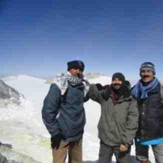 قاسم احمری, Mount Damavand