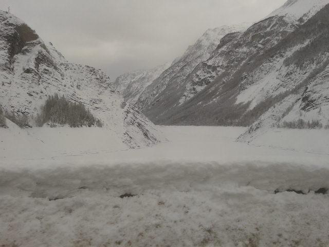 Frozen lake, Les Deux Alpes
