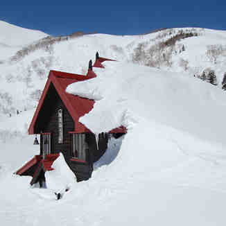 Mountain Hut, Hakuba Goryu