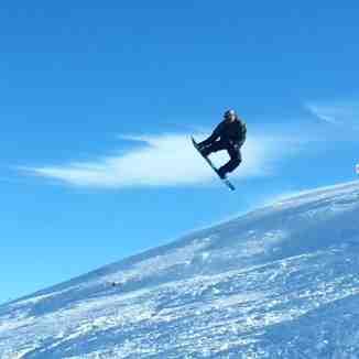 Aliask  jumping in dizin
