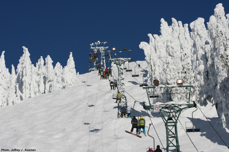 Ski Chair - Rip Cord Ski Run - Dec 30, 2012, Cypress Mountain