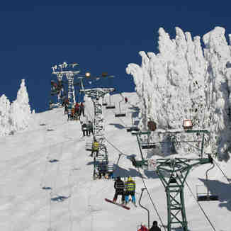Ski Chair - Rip Cord Ski Run - Dec 30, 2012, Cypress Mountain